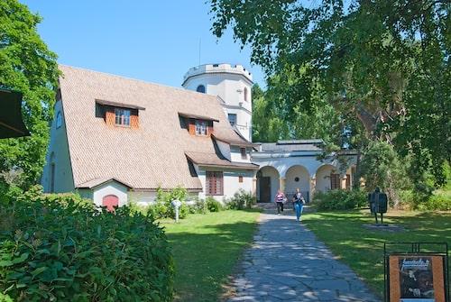 Akseli Gallen-Kallelas museum ligger utanför Helsingfors.