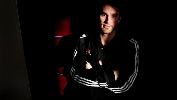 Förre landslagsspelaren Fredrik Larsson är död