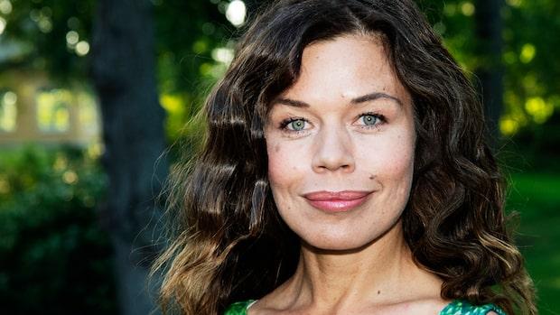 "Lotta Lundgren om tidigare skilsmässan: ""Ett bakslag"""