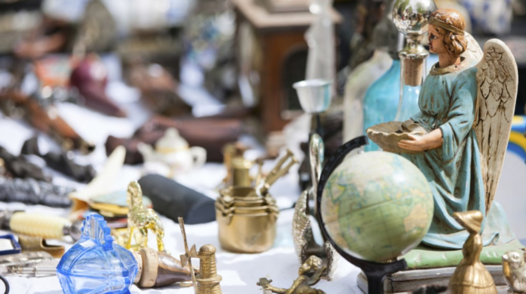 Runt om i Europa kan du hitta allt från vackra äkta smycken och samlargrejer till vintagekläder och accessoarer.
