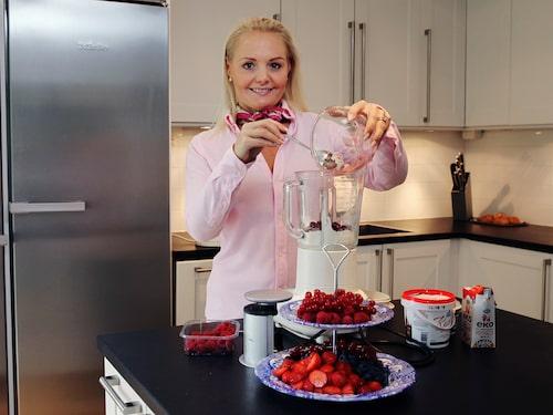"""Louise: """"Jag har nu ett normalt BMI och jag vet att jag kommer att förbli normalviktig genom att även fortsättningsvis äta LCHF""""."""