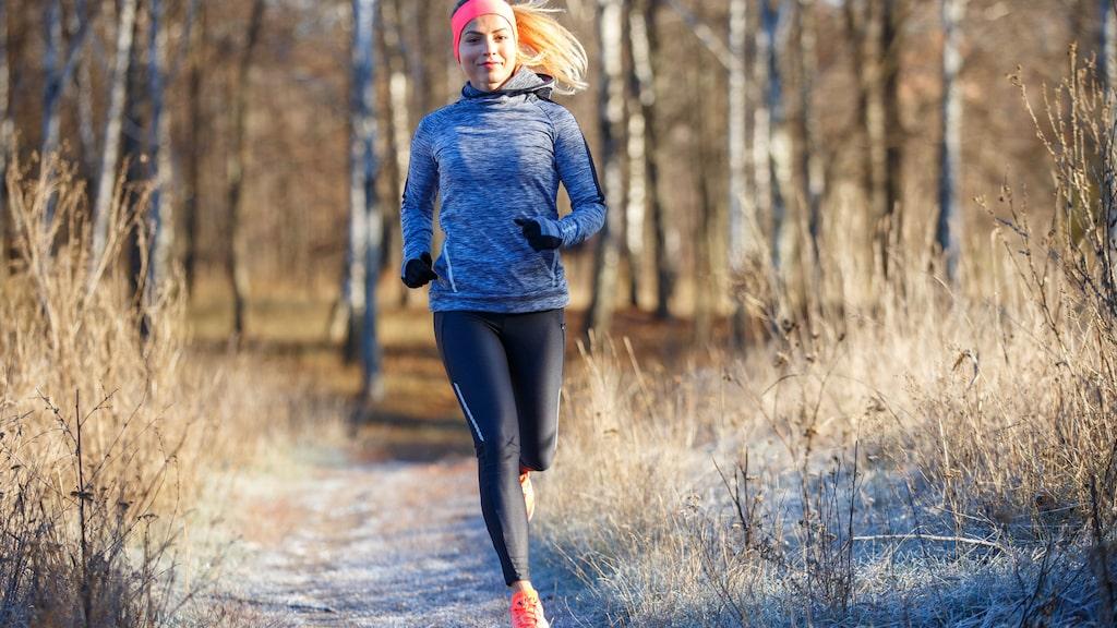 Att se det som att du vinner över vädrets makter kan ge dig motivation att träna ute trots att det är kallt.