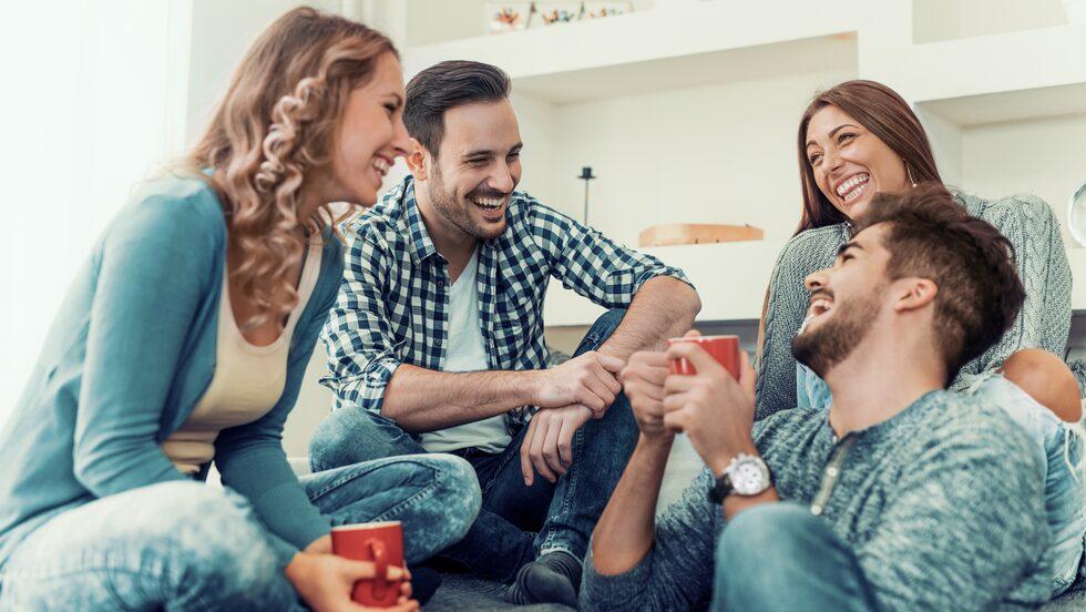 Tips 4: Soffsurfa – ett enkelt sätt att lära känna nya människor och platser.