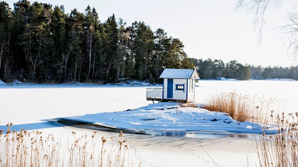 Nils Bergs lilla badhus på Marholmen.