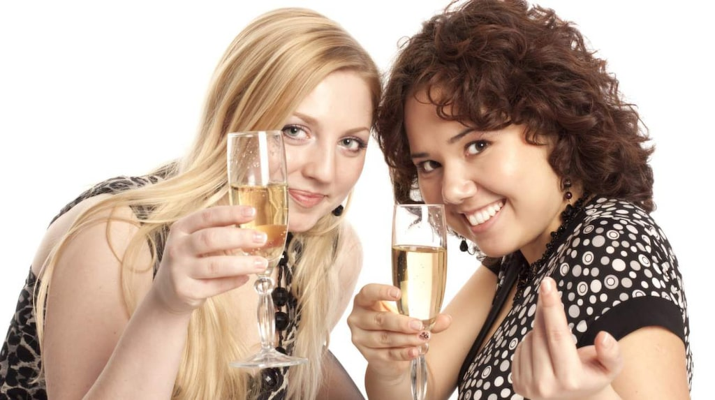 För allra första gången visar en studie att en måttlig konsumtion av champagne kan påverka en kognitiv funktion