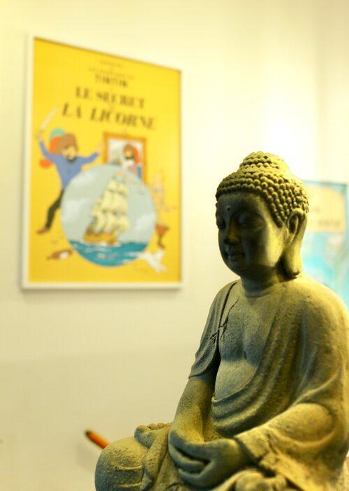 Inspirerad av buddismen. Anders Jansson tror att varje sak har en själ och försöker besjäla hemmet på olika sätt.