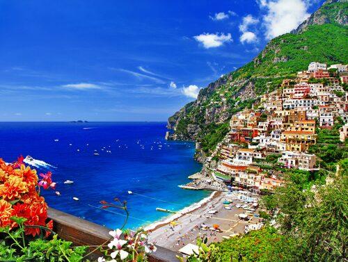 Positano är den badort längs Amalfikusten som oftast syns på bild.