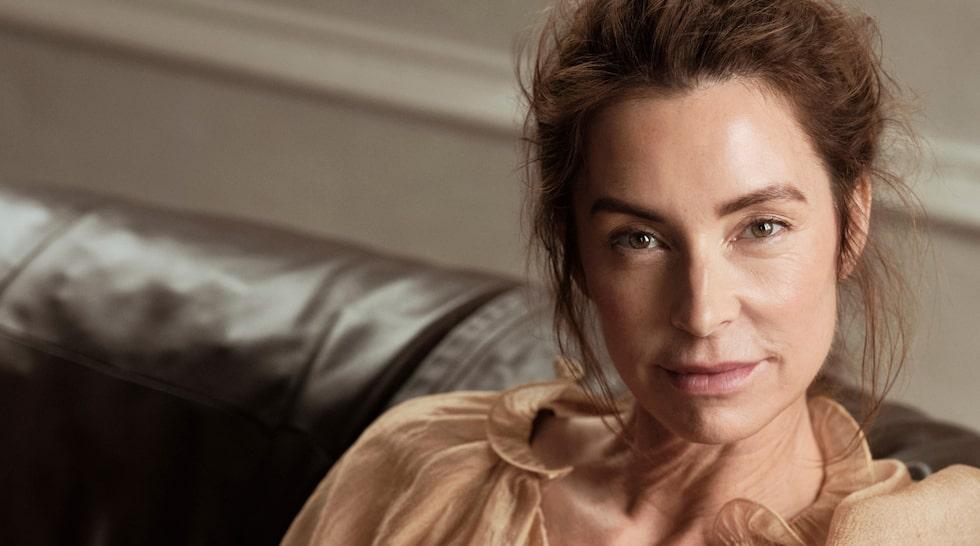 """Stylisten Marie Olsson Nylander, känd från SVT:s """"Husdrömmar"""" och """"Husdrömmar Sicilien"""", gör nu ett designsamarbete med Ellos."""