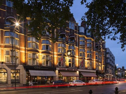 Prisvärda Sloane Square Hotel ligger mitt de burgna kvarteren och nära Harrods.