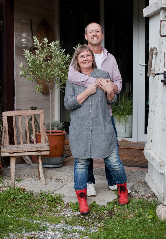 Marie och hennes särbo Martin håller ofta Silvergård öppet på somrarna. Då är det galleri och fik på gården.
