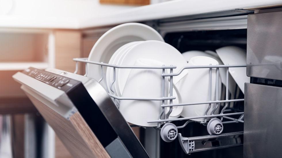 Diskmaskinen behöver inte bara användas till sånt vi använt till mat och bakning. Det går att bredda användningsområdet ganska mycket.