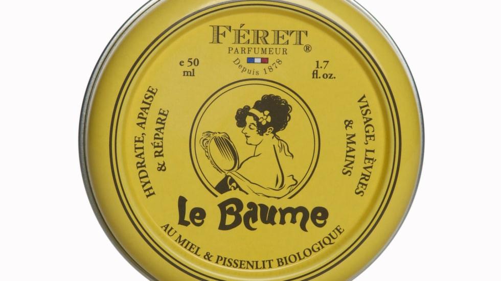 <p>Den här lilla burkens innehåll funkar lika bra för läppar, naglar och fötter – men också för nariga partier på armbågar och knän. Innehåller naturliga ingredienser med en god doft av ros och honung.</p><p>Le Baume, 149 kronor/50 ml, Féret parfumeur, kicks.se</p>