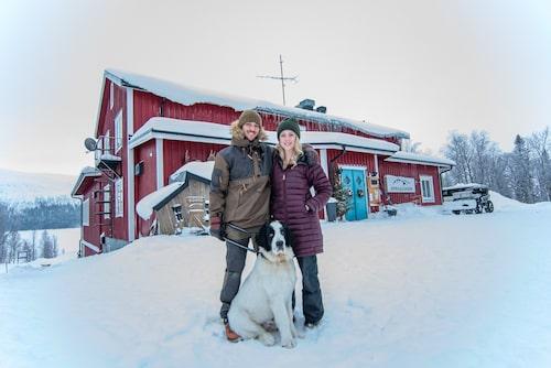 Joakim och Cecilia Engwall från Dorotea driver sedan några år tillbaka anrika Borgagården.