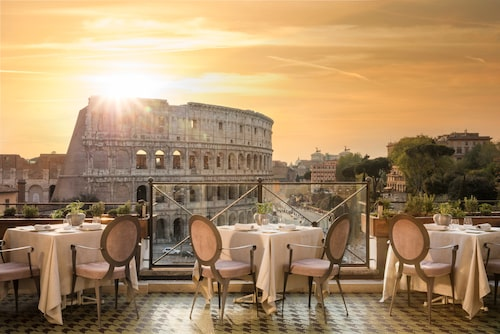 Palazzo Manfredi bjuder på spektakulär utsikt över Colosseum.