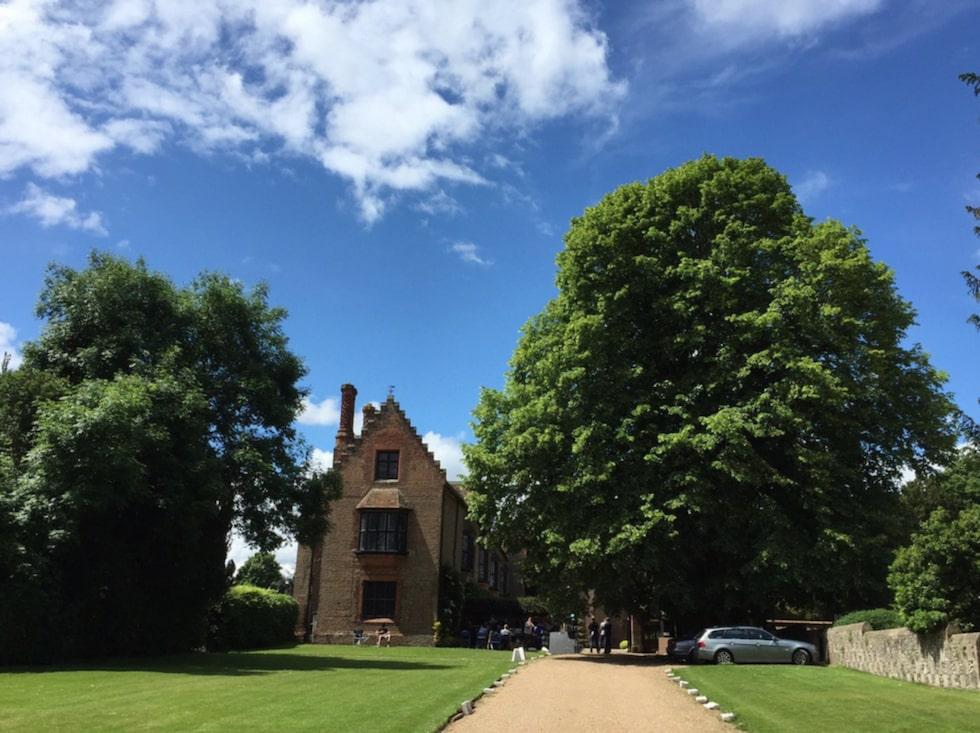 Distrikten Buckinghamshire, Oxfordshire, Chiltern Hills och Thames Valley är ständigt återkommande.