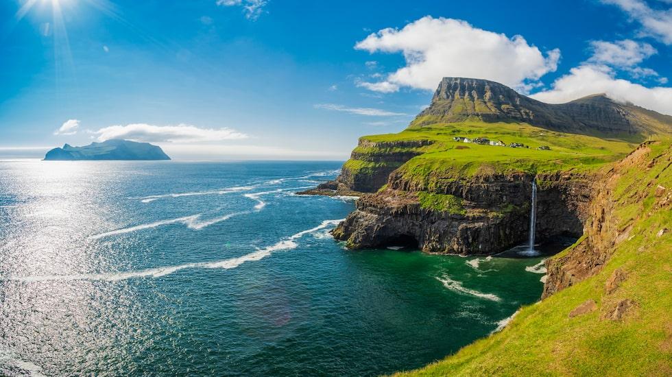 Färöarnas storslagna natur, kanske ditt nästa semestermål.