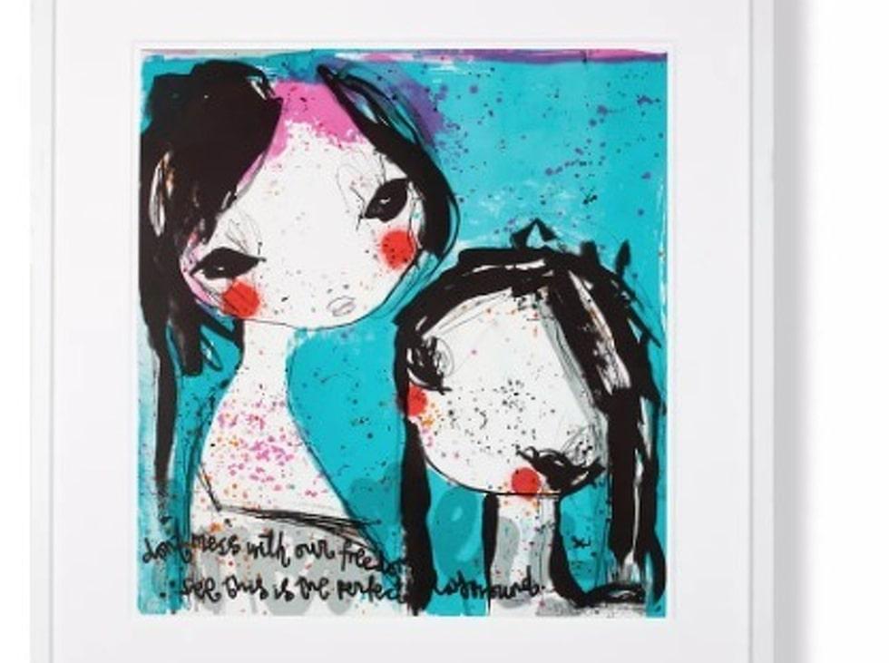 """""""Dreamers"""" av Lisa Rinnevuo – nu finns ett begränsat antal signerade och numrerade litografier i LEVA&BO:s konstgalleri. Klicka på plustecknet i bilden för att lägga direkt i din varukorg. Du kan också välja att få din litografi inramad och klar. Välkommen till LEVA&BO:s konstgalleri!"""