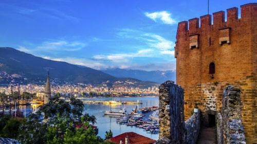 Antalya är billigt – men avskräcker många.