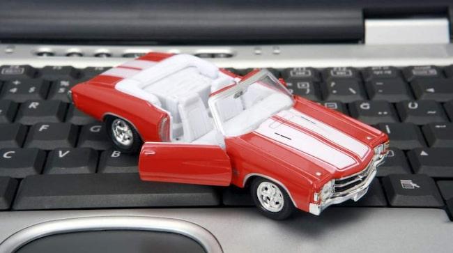 44 procent av bilköprana kan tänka sig att köpa sin bil via nätet.