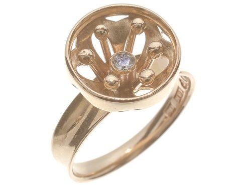 Ring, 1600 kronor. Ring tillverkad i 18 karats guld av Alton med design av K-E Palmberg 1970.