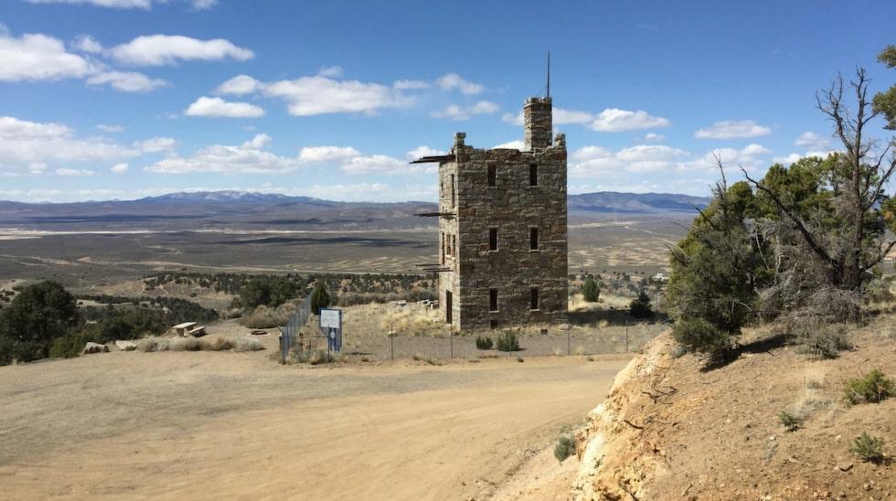Stokes Castle byggdes med ett italienskt torn som förebild.