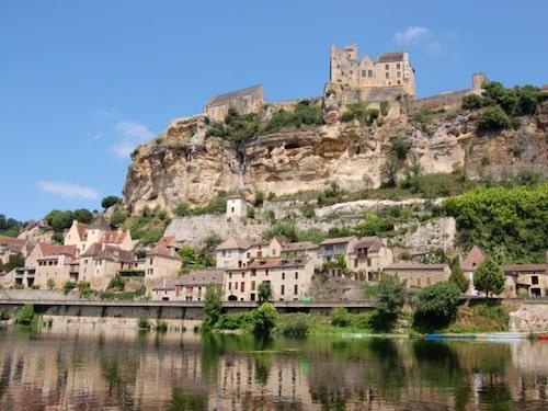 Njut av livet i Dordogne.