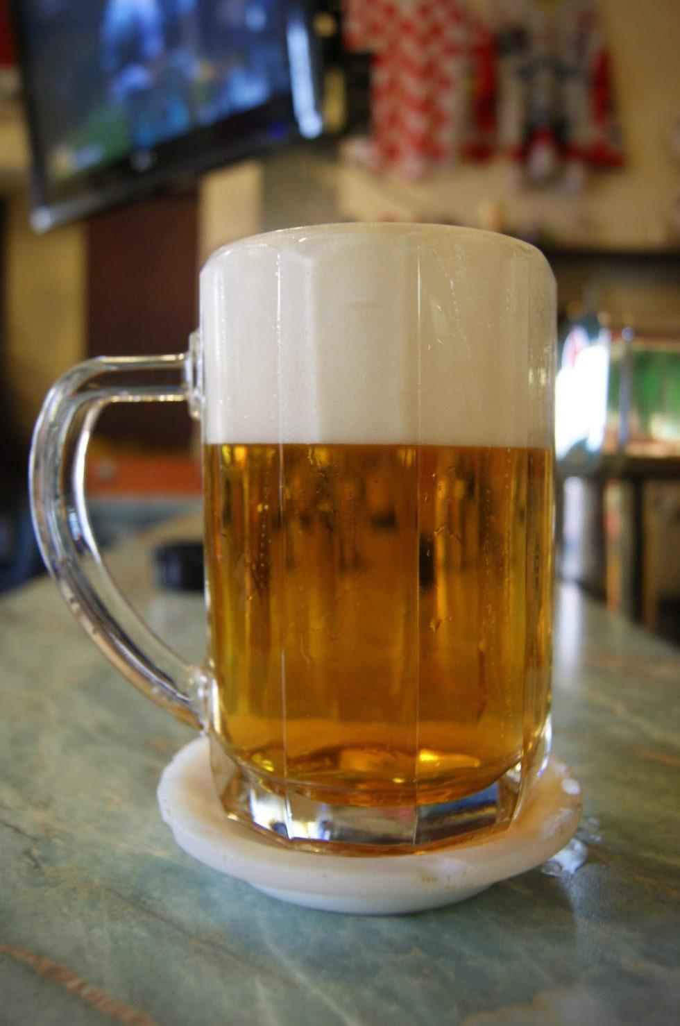 Ingenstans kan man prova ett bredare utbud av öl än på den här krogen.