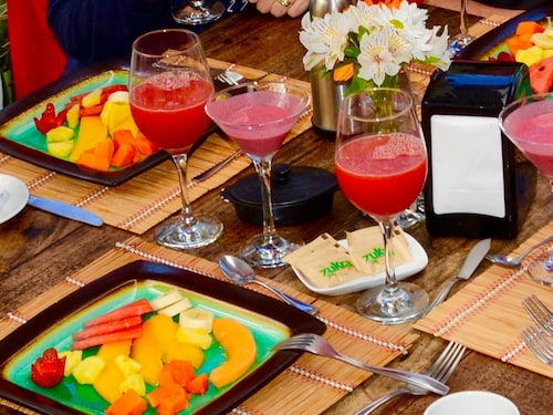 Färsk, ekologisk och supersmarrig frukost på Casa Batsú i Monteverde.