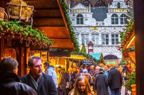 I Lübeck har det hållits julmarknad på Rådhustorget ända sedan 1648.