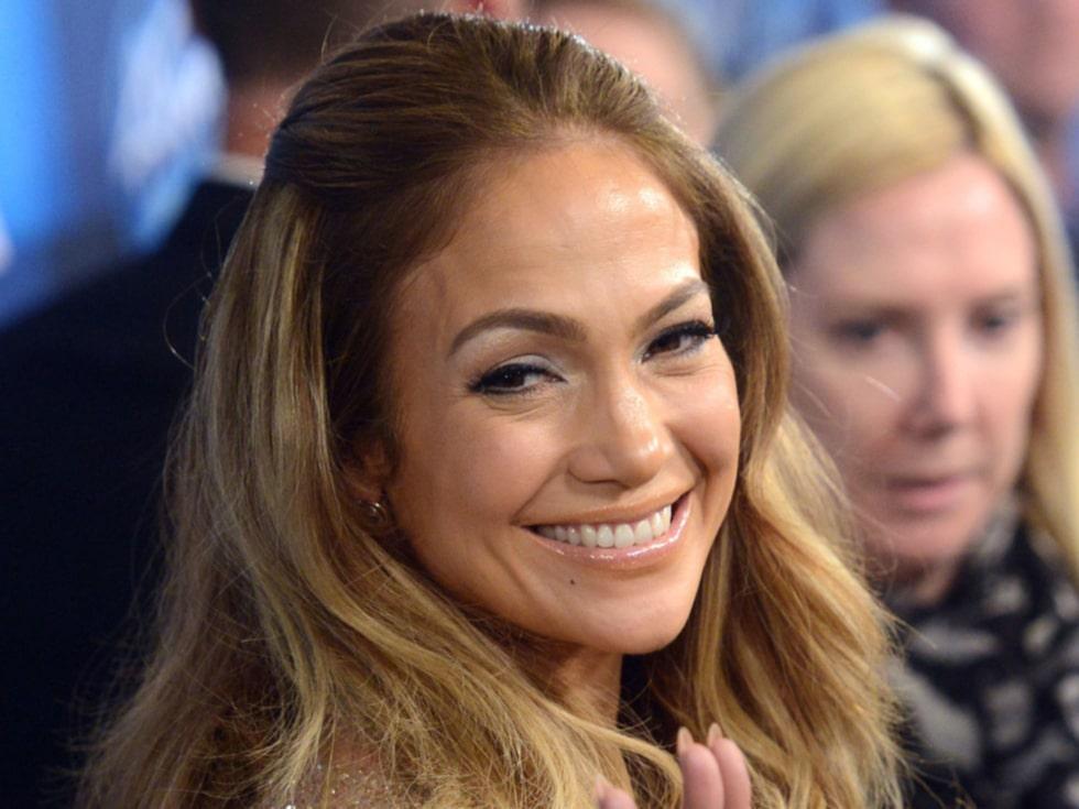 Nu kan du flytta in hos stjärnan Jennifer Lopez!  Hennes lyxiga villa realiseras ut i Los Angeles.  Kolla in bilderna! Kanske sugen på att slå till?