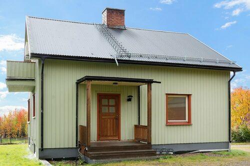 Den gröna villan säljs för 45 000 kronor.