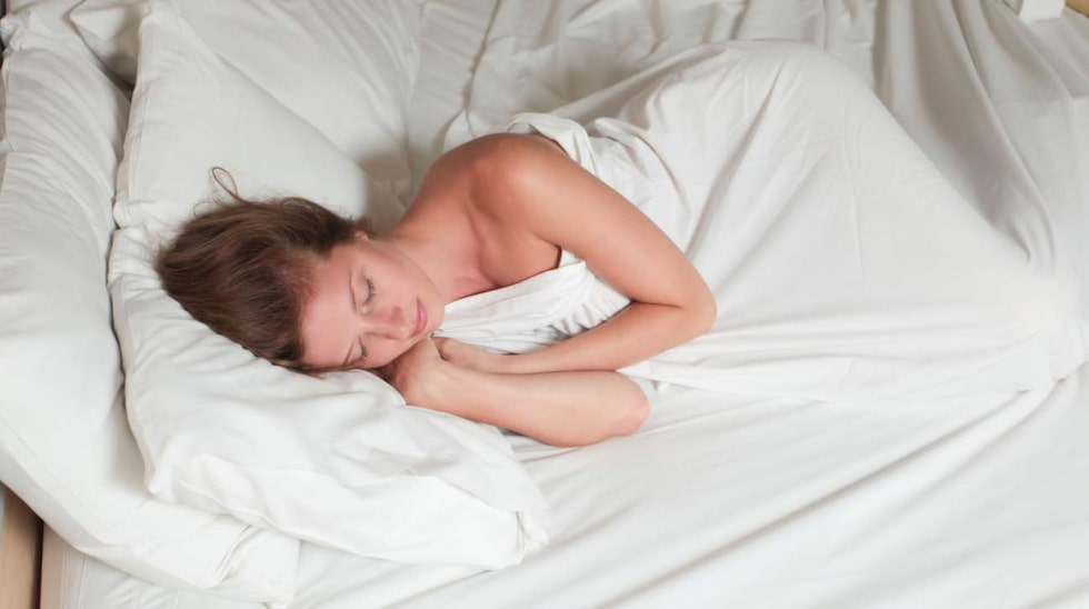 Hoppa inte över kudd- och madrassfodral i sängen. De håller bland annat kudden och madrassen renare.