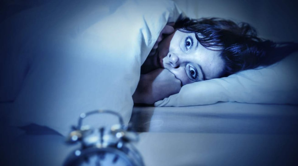 <p>Känslan när man vaknar upp mitt i natten och inte kan somna om…<br></p>