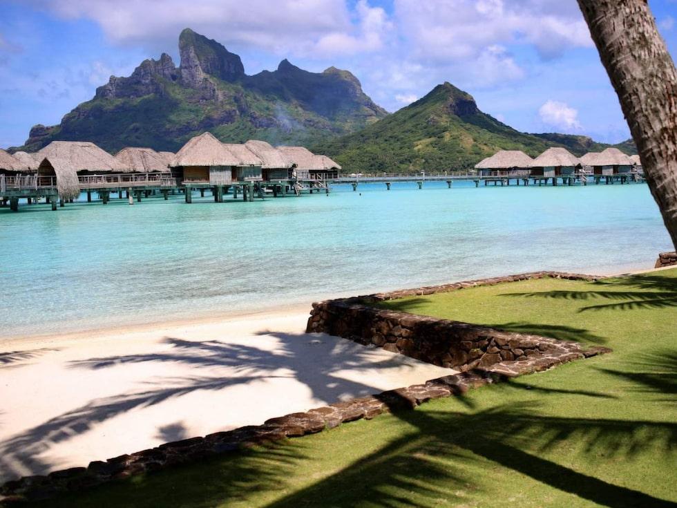 Bora Bora – är en klassisk ögrupp i Franska Polynesien i Stilla havet.