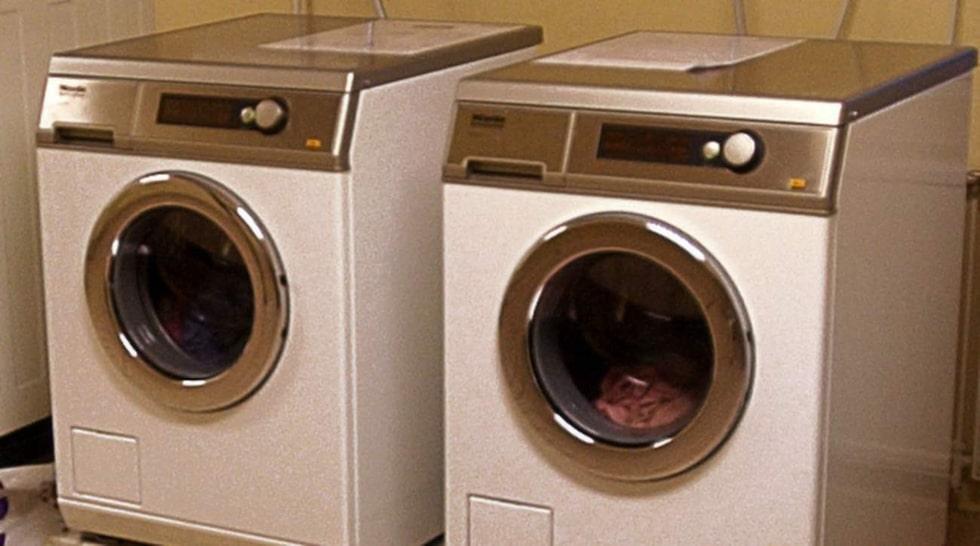 <p>Fler vill ha egen tvättstuga. Andelen hyresgäster med delad tvättstuga har sjunkit med fem procent, jämfört med för åtta år sedan.</p>