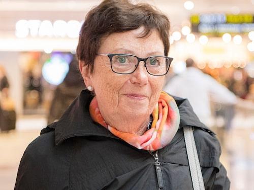 """Mildred Bergström, 80, pensionär, Piteå: """"Paracetamol får jag blåsor i munnen av. Det är ingen som tror på mig, och läkarna säger att det måste vara någonting annat. Men jag vet att det beror på det."""""""