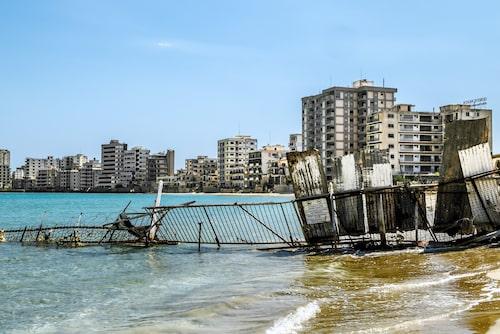 Hotell i förfall, Varosha, Cypern.