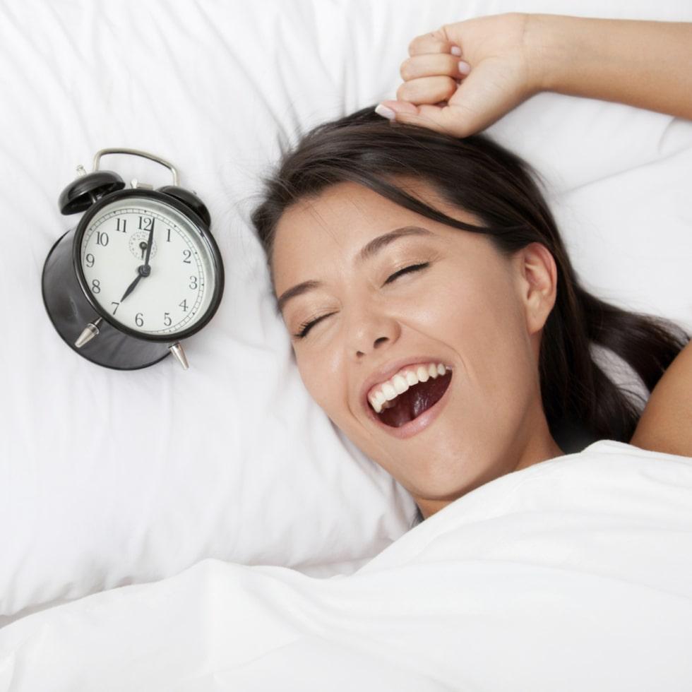 Enligt forskning från England behöver kvinnor fler sovtimmar per natt än män.