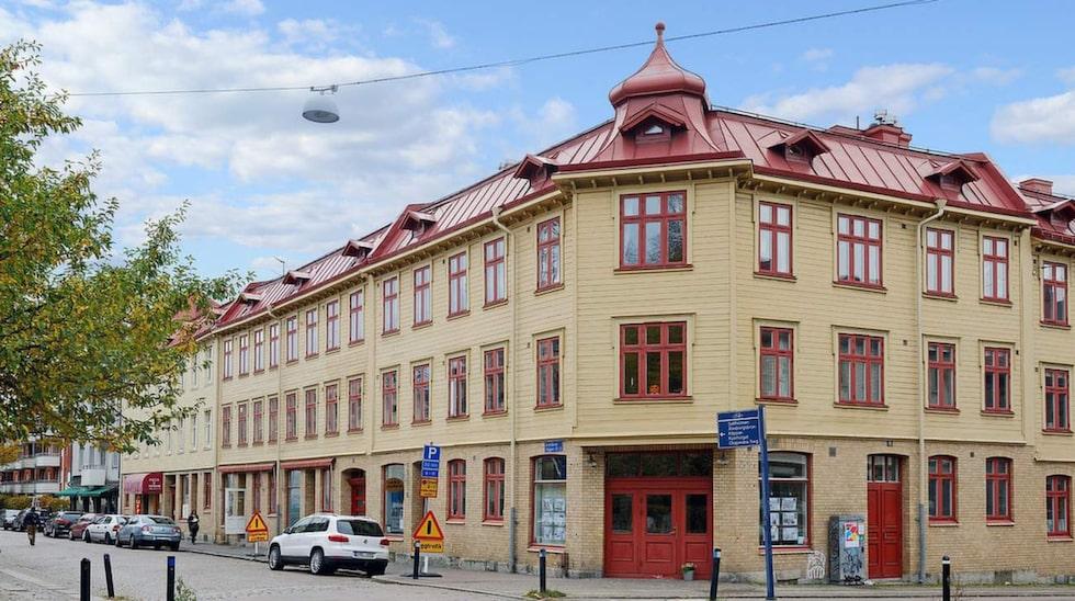 Landshövdingehuset i Majorna i Göteborg kallas för gatans vackraste hus.