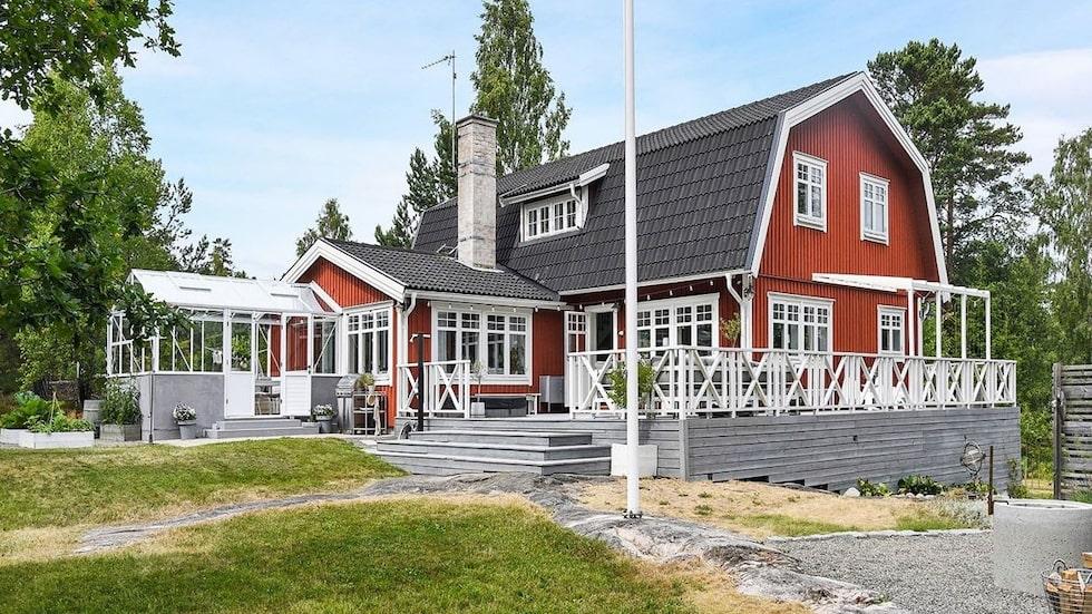 Skärgårdsvillan som ligger ute till salu på Hemnet är en riktig dröm...