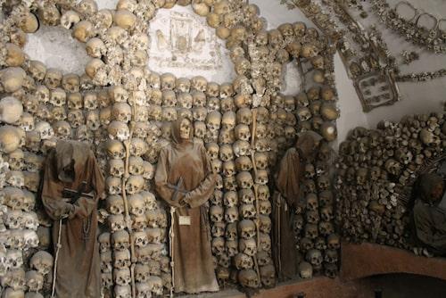 Kapuchinermunkarnas krypta i Rom är en riktig skräckupplevelse.