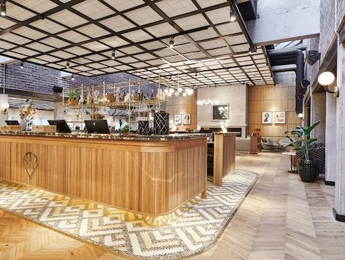 Bally Bar i lobbyn.