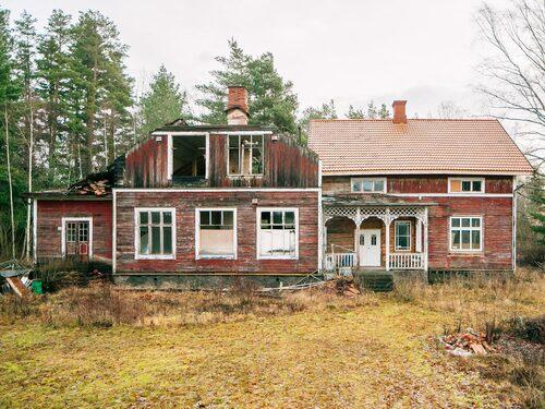 Den gamla skolan i Sjötrop byggdes 1910.