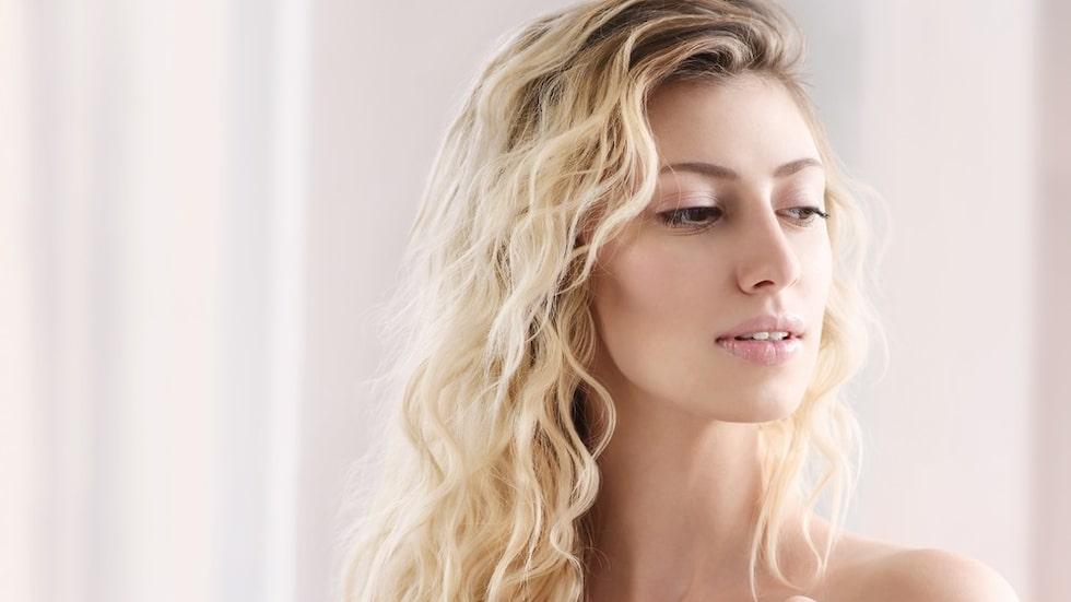 Letar du efter en bra hårolja eller ett serum?