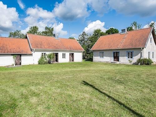 Mangårdsbyggnaden i gotländska Gothem är uppförd under slutet av 1700-talet.