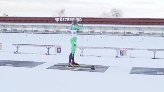 Här skjuter Stina Nilsson fullt – för första gången på tävling