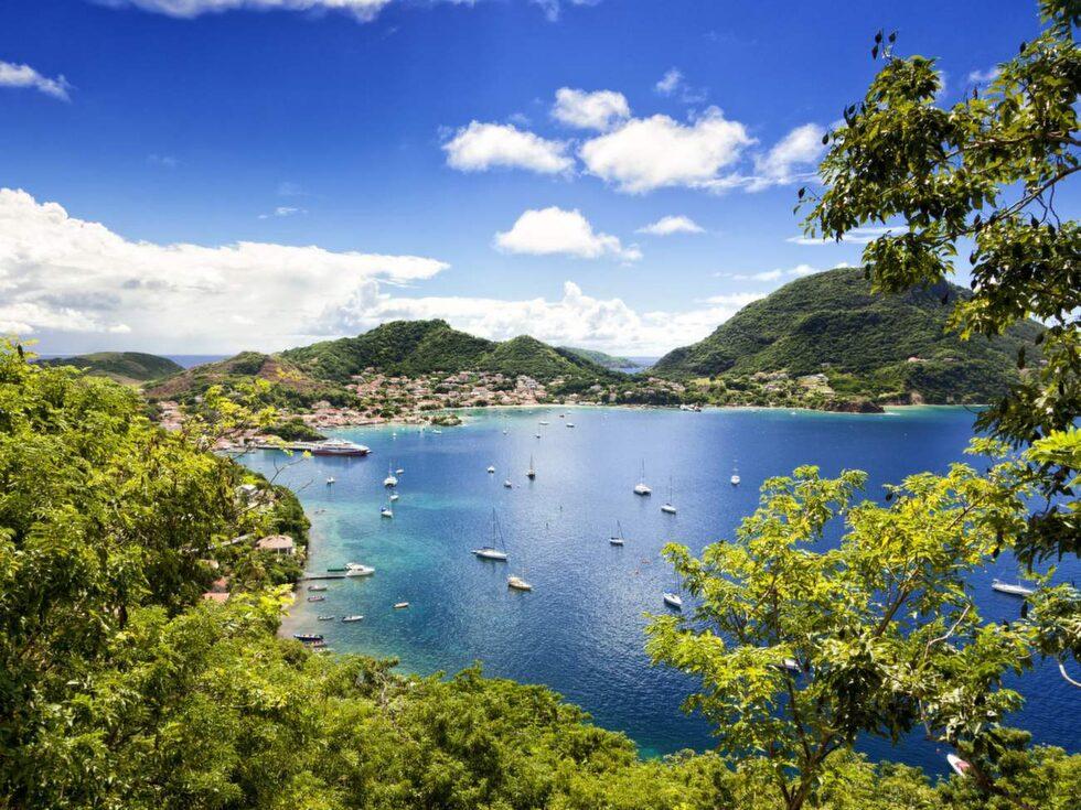 Bukten vid Terre-de-Haut, på Les Saintes islands, i Guadeloupes skärgård.