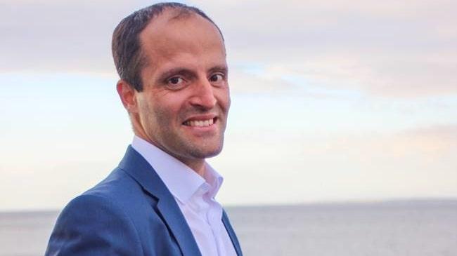Idriz Zogaj, förbundskapten för Svenska minneslandslaget.