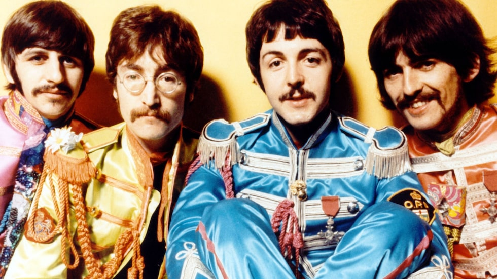 """Året är 1967 och The Beatles har just släppt det legendariska albumet """"Sgt. Pepper's Lonely Hearts Club Band""""."""