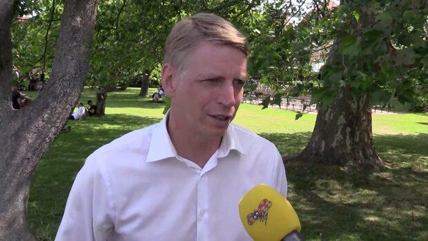 Per Bolund i Almedalen: Förnybar bensin och diesel inom tio år